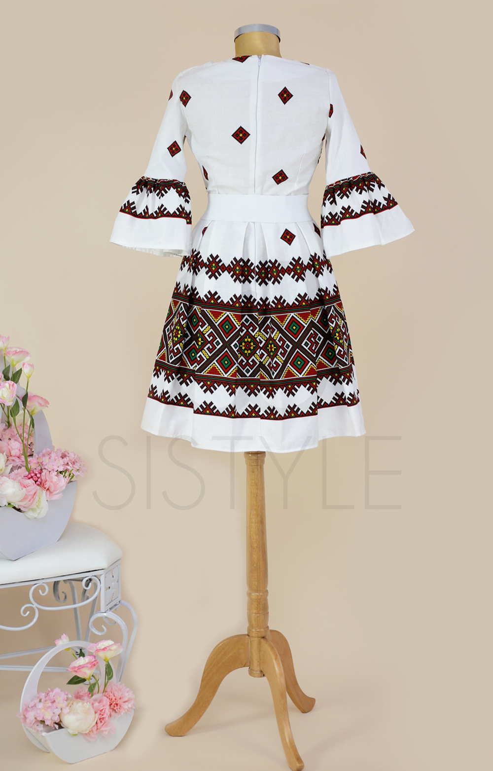 rochie ie traditionala