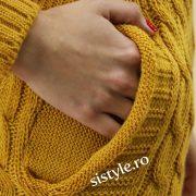 rochie-tricotata-galbena-detaliu
