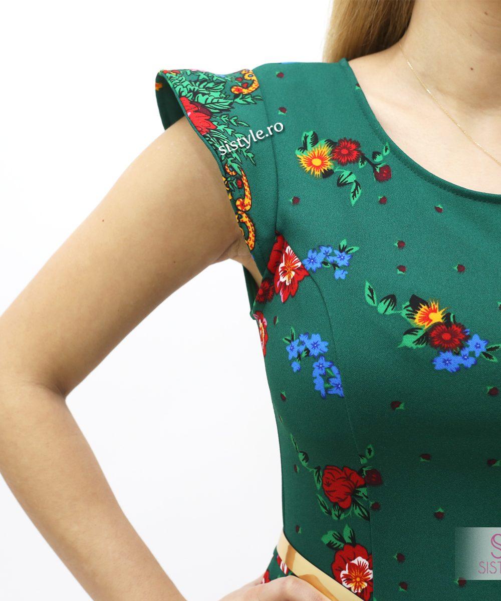 rochie verde detaliu maneca