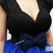 rochie de banchet albastra detaliu